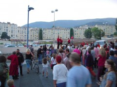 carros,rue,festival,grooms